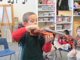 R. Agents Violin